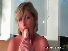 Mommy dildo fucking her hungry twat