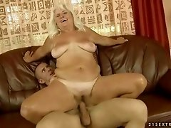 Old fat bitch getting fucked hard