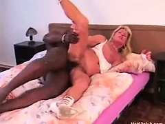 Mature amateur milf blonde granny hardcore interracial fucking and blowjobs