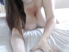 Huge Flash Natural boobs